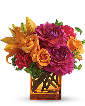 Teleflora's Summer Chic Bouquet