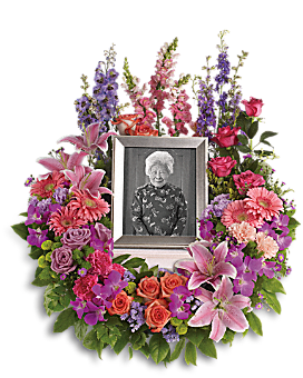 In Memoriam Wreath Sympathy Arrangement