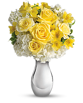 Teleflora's So Pretty Bouquet Bouquet