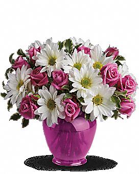 Teleflora's Pink Daisy Delight Bouquet